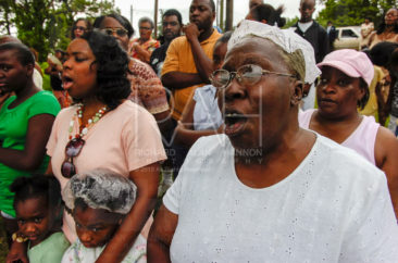 Photo by Richard Alan Hannon Shot 7/29/07 Members of several Lake Providence, La. area black baptist churches unite on a bank of Lake Providence, La. for their annual baptism, Sunday, July 29, 2007.